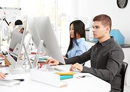 Emelt szintû közismereti informatika érettségi vizsga felkészítõ