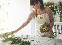Virágkötő és virágkereskedő